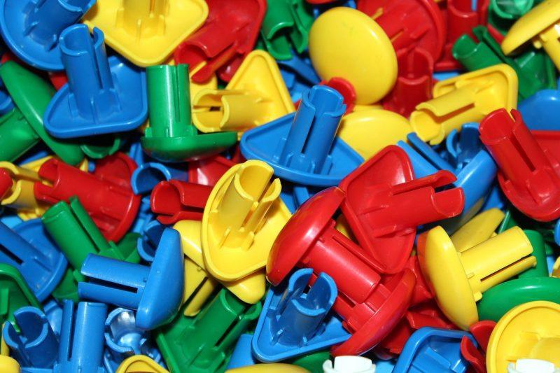 Elementi a iniezione: materiali e utilità