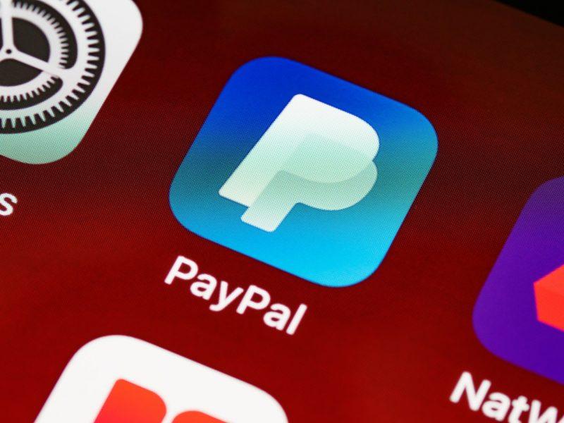 PayPal: gli utenti americani possono pagare anche in criptovalute